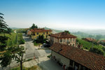 Piemonte/Winery, Barolo, apartment and  for rent in the heart of Barolo.